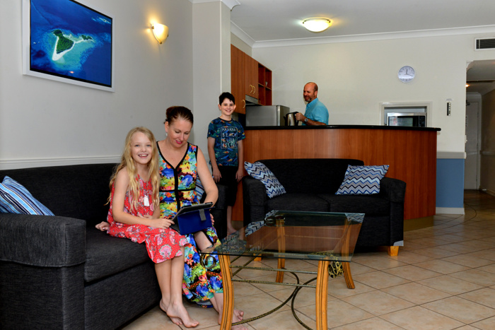 affordable accommodation on the waterfront in cairns